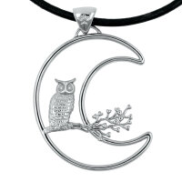 Pendant owl with moon