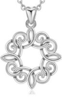 Pendant Celtic knot
