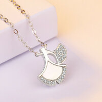 Necklace ginkgo leaf with mother of pearl
